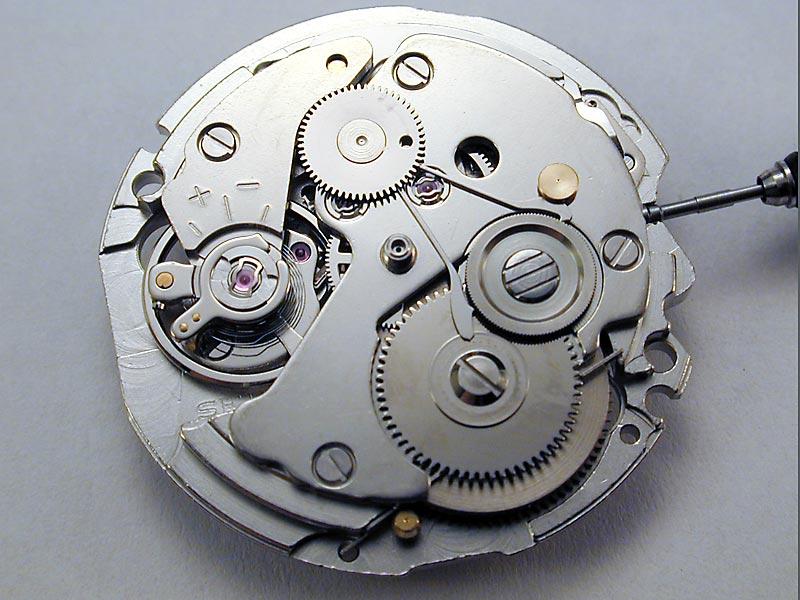Регулировка хода механических часов своими руками
