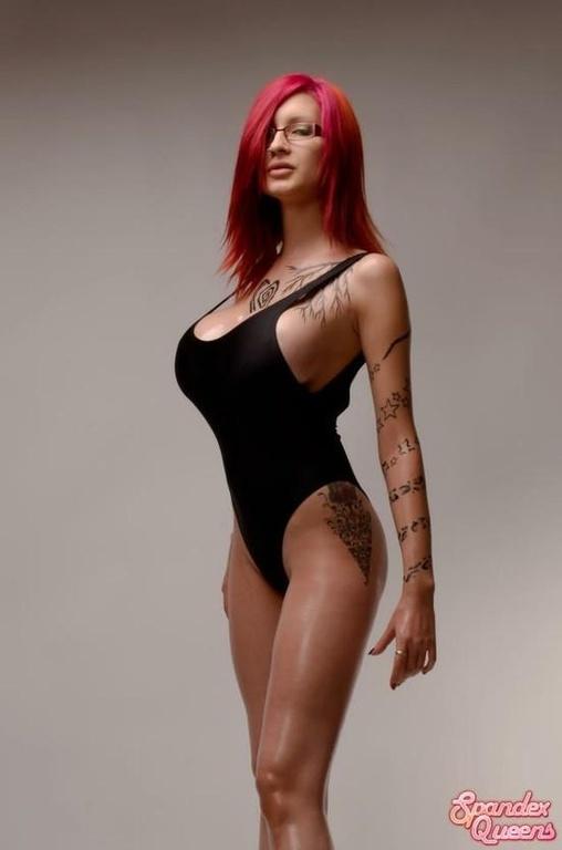 naked-ariane-girl