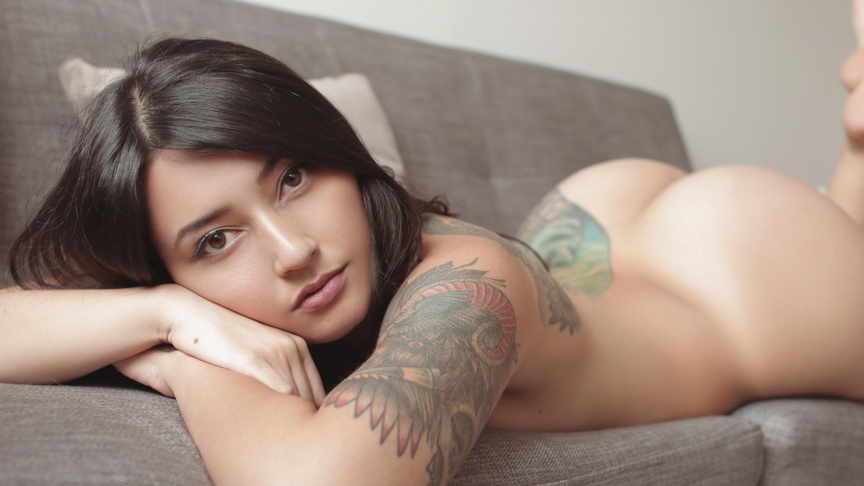 Allis Suicide Nude allis photo album: je t'aime | suicidegirls