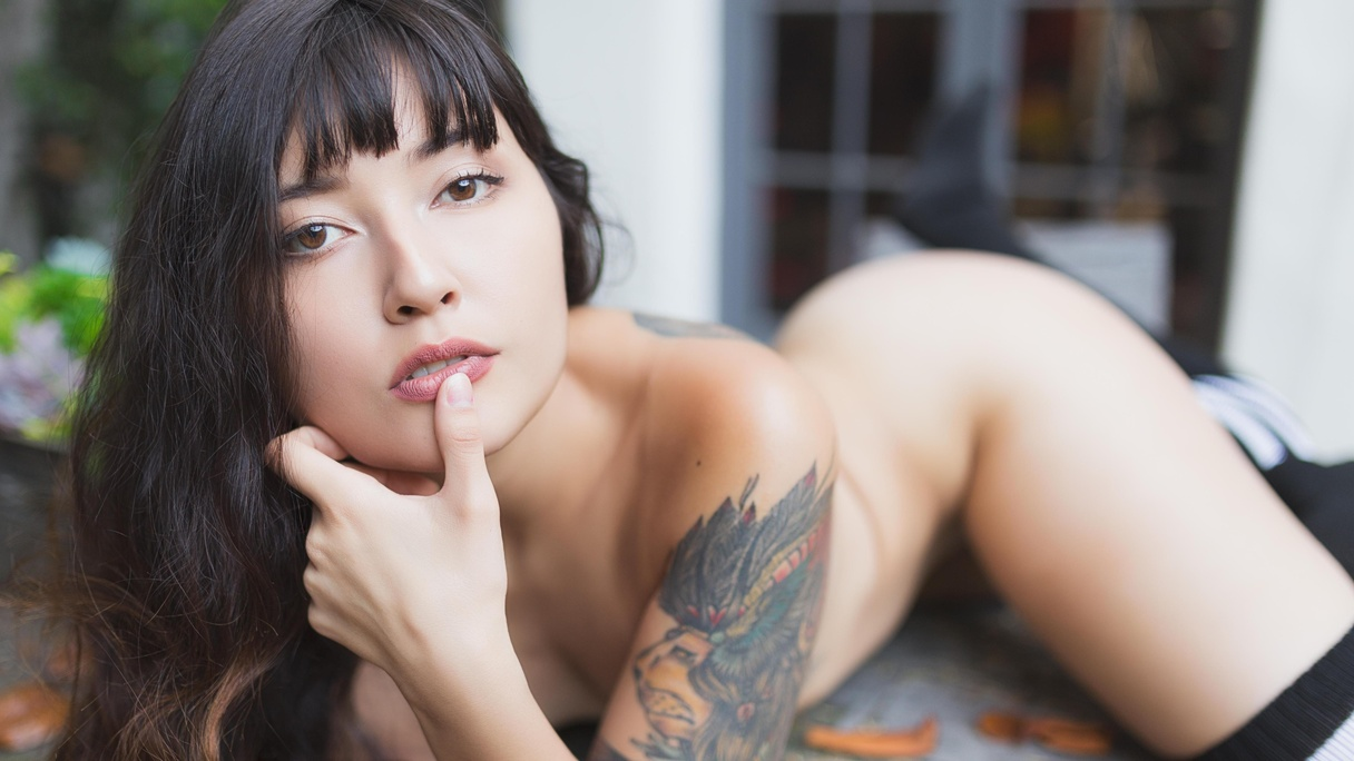 Allis Suicide Nude allis photo album: autumn leaves | suicidegirls