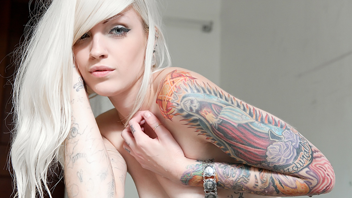 Nude patton suicide latest videos mature