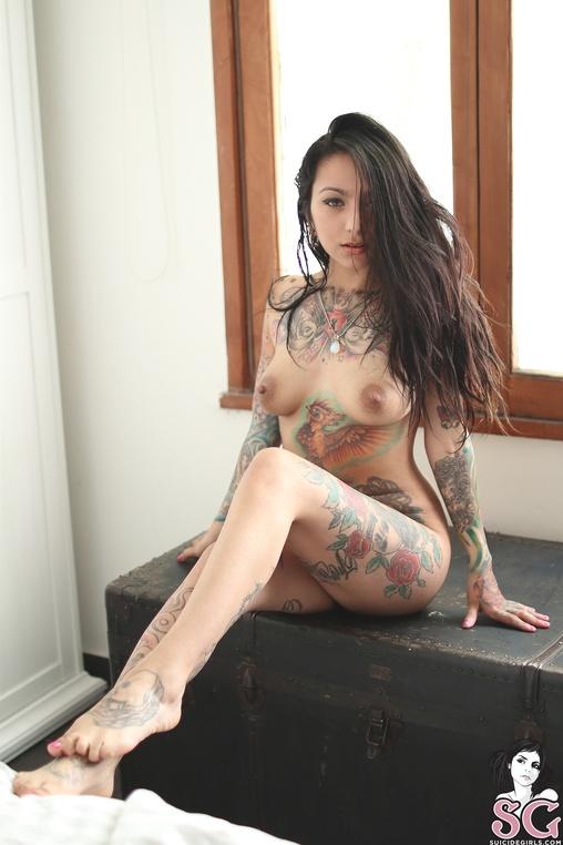 Beautiful Suicide Girl Eliona Latin Charm Resoluti Ultrahorny 1