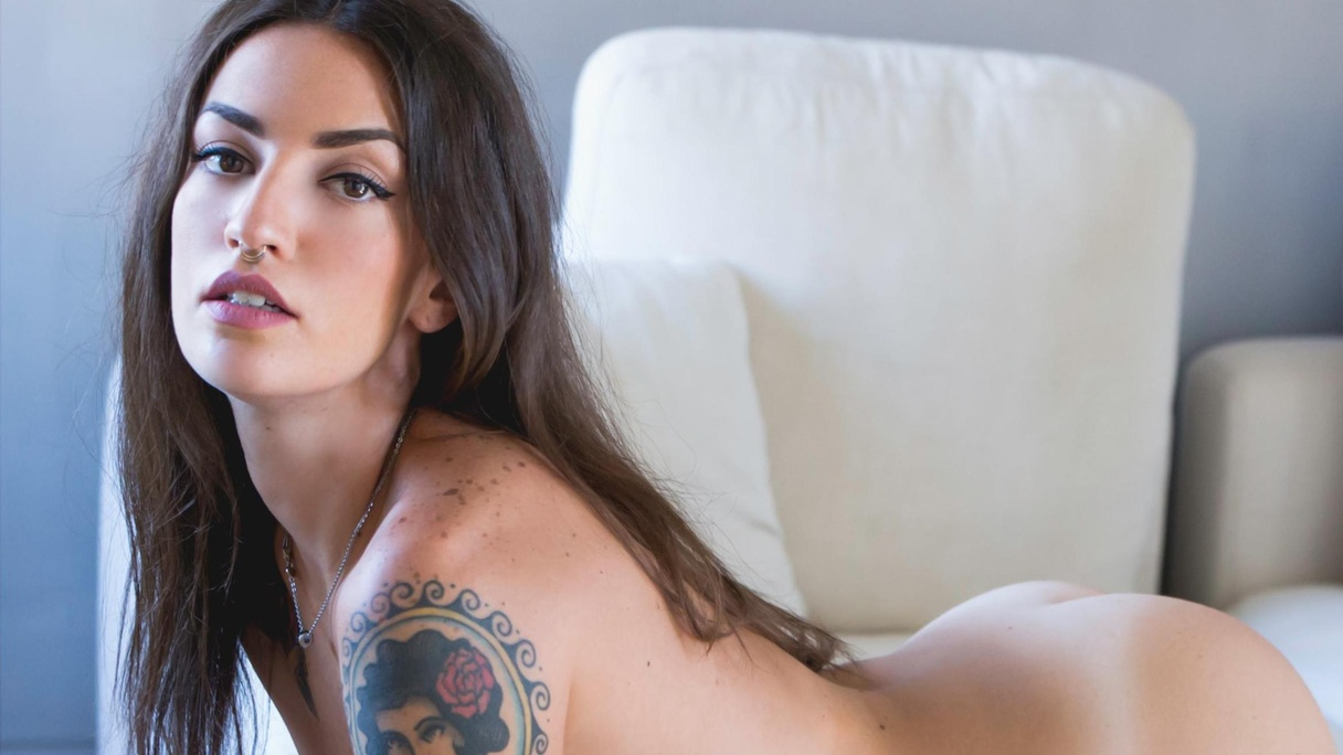 Italian Girls Naked Beautiful rika photo album: italian chill | suicidegirls