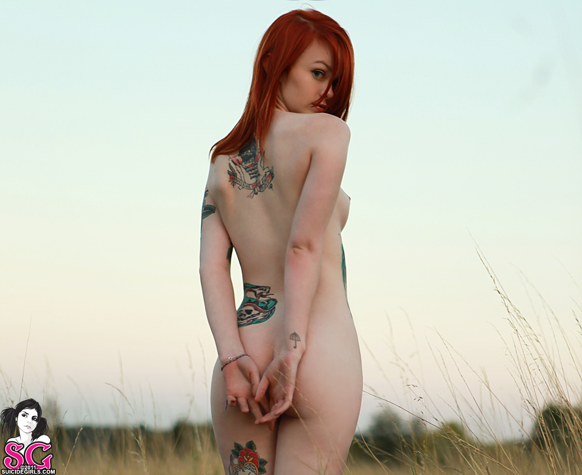 suicide girl lass full nude