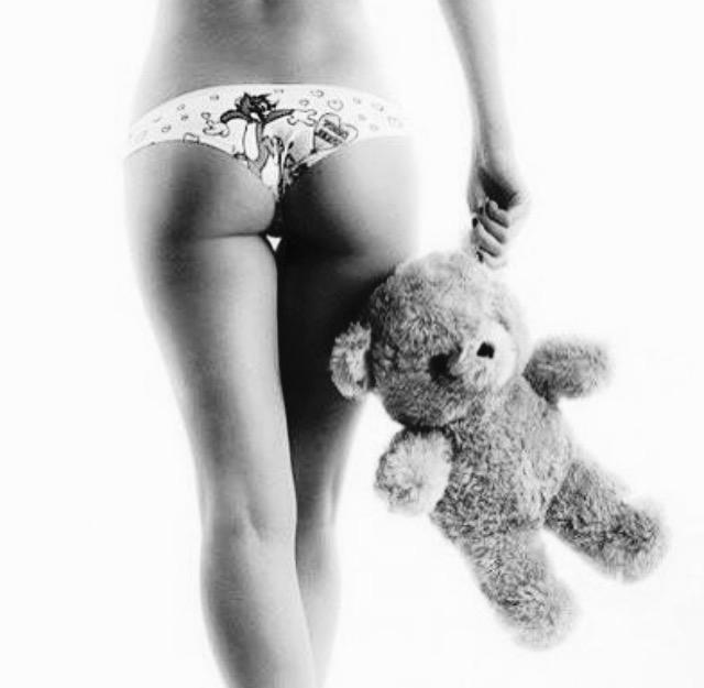 русская девушка с секс игрушкой